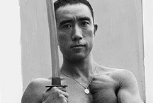 Suicidandosi tra Giappone e Romania / Japanese images related to suicide with the word of the Romanian philosopher Emil Cioran. Most of the pictures refer to Yukio Mishima.