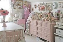 Craft Rooms / Dream Crafting Corners...