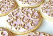 Cookies / by Ruth Seminario