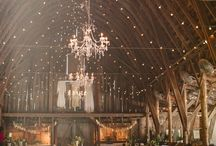 Barn Wedding Lighting / *swoons* some dreamy ideas for lighting up your big day!  The Golden Oak Farm is the perfect outdoor wedding venue to fit your every need, check us out at www.thegoldenoakfarm.com
