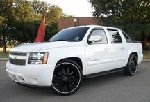 Chevrolet Avalanche Wheels Rims / Collection of Chevy Avalanches with Custom Wheels and Tires.