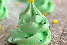 Holiday Sweet Treats / Holiday meringues and other sweet treats are highlighted in this Sweet T's Bakery holiday class. Link to our Communiversity website is in the profile header.