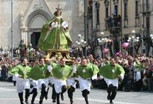 Festivals, celebrations and events / Traditions explode during the many events throughout Italy