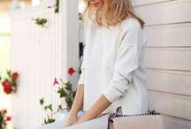 Style Inspiration - Street Fashion, Looks and Inspiration / Inspiratia poate veni de oriunde: din alegerile vestimentare ale bloggerilor faimosi, de pe strada, din pozele de pe Instagram. Daca esti in pana de idei si nu stii cum sa te imbraci astazi, aici gasesti o multime de optiuni!