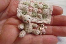 crochet minis / by phoebe Texas