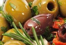 All about olives / Alles wat maar te maken heeft met olijven! Van bomen, olijven, olie's, brood, zeep en nog veel meer.... / by Marjo Houben