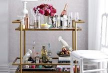 Bar Carts / Spice up your regular cocktails and decorate your bar to impress your guests.