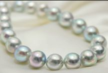 Pretty pearls / Pearls. Akoya. Tahitians. South sea. Freshwater. Rounds. Baroque. Keshi. Nucleated. Peacock. Aubergine. Blue. Pink. White. Green. Golden. Rainbow. Dyed. Natural. Any pretty pearl really...