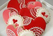 Valentine Day Cakes-Cookies-Cupcakes
