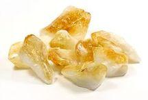 Cristale și pietre