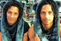 Les Twins Love / by Cassie Pierce