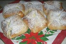 Placinte, paine, covrigi, cozonaci, cornuri