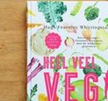 Veganistische kookboeken / Kookboeken die veganistisch zijn. Dus zonder ei, melk, kaas of andere dierlijke producten vind je hier. De volledige review lees je op mijn blog.