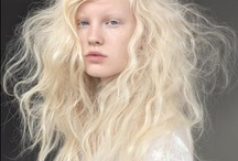 Hair & Beauty / The online mood board for our beauty department.