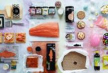 """Veľkonočné recepty / Na Veľkú noc sa stoly vo Švédsku prehýbajú pod množstvom sleďov, lososov, chrumkavého chleba, syra, vajíčok a iných dobrôt. Samozrejme, nesmie chýbať obľúbená pálenka a niečo sladké pod zub. Všetko potrebné nájdete u nás v obchodnom dome! Vyskúšajte pripraviť jedlá, ktoré patria na tradičný veľkonočný """"smörgåsbord""""."""