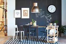 Jedáleň / Prilákať hostí k stolu je jednoduché. Ako však docieliť, aby si za ním posedeli o trochu dlhšie? S touto náročnou úlohou sme si pri navrhovaní jedálenského nábytku poradili za vás. Pohodlné stoličky, stôl tej správnej veľkosti a vaši hostia si radi predĺžia príjemné chvíle pri stole, či už s dezertom alebo bez.