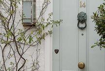 Doors... / by Βάνια Κωνσταντινίδου