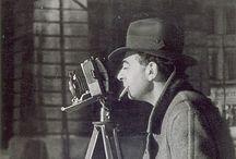 Brassaï / Brassaï est le pseudonyme de Gyula Halàsz (1899-1984), photographe d'origine hongroise, également peintre, sculpteur, écrivain, mais surtout connu pour ses photographies du Paris nocturne et glacial, canaille et désopilant. / by Christophe Calame