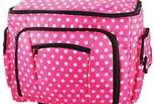 Sewing Machine Cases & Covers / You love your sewing machine so protect it with the cutest covers! My favorite is anything with pink spots.