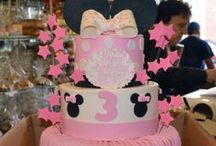 Minnie and Mickey Mouse Cakes / Minnie Mouse or Mickey Mouse Cakes made custom for any occasion! Use this board to help you find ideas for the perfect cake for the Disney, Mickey Mouse, or Minnie Mouse lover in your life.