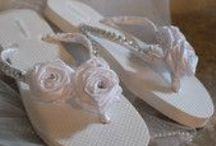 Bridal Flip Flops / Handmade Wedding Gifts and Décor for the unique bride https://www.etsy.com/shop/SomethingBlueBridals