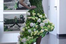 Catwalk / Mensfiguur met bloemenkleding