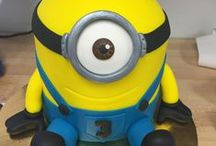 Minions Cakes / Custom Minions Cakes from Universal Pictures Despicable Me and Minions The Movie. Great for all occasions, specifically kids' birthday parties.