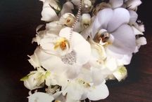 Orchid wedding flowers Brides flowers orchids and roses Cascade white Orchid Bouquet phalaenopsis orchid bouquet tropical wedding bouquet. / Wedding flowers in different orchid designs phalaenopsis Singapore orchid