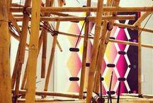"""mi_kado / mi_kado DOP architetti e ONE off insieme: """"Idea! Una costruzione in bamboo, partendo da un modulo elementare e sovrapponendolo tridimensionalmente….12 canne per ogni modulo, 25 moduli, 300 canne…""""La base progettuale e' una cellula autoportante di 2m x 2m,  che impilata garantisce la stabilita' e la tenuta della struttura nel suo insieme. Esposta alla Promotrice delle Belle Arti nel corso di """"Oriental Design Week"""", e' ora al Bunker in via Paganini n.0,  per l'esposizione collettiva """"Acqua 2014″."""