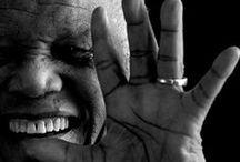 { Hommage à N. Mandela } / Le père de la nation sud-africaine, Nelson Mandela (18 juillet 1918 – 5 décembre 2013) ne jurait que par le pouvoir du dialogue et de la reconciliation.  Ce militant infatigable a reçu le Prix Nobel de la paix en 1993.  Merci « Madiba » pour tes sacrifices! / by Organisation des Nations Unies (ONU)