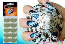 SmART Nails Nail Art Stencils / Need Instant Nail Art in a Hurry? then our range of Nail Art Stencils By SmARTnails May Just Be the Answer.   There will always be an occasion where us girls need some instant nail art and need it quick. Thank the stars that at times like these that we can rely on SmARTnails nail art stencils!