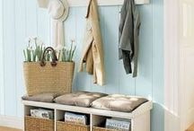 Small Mudroom And Entryway Decor Ideas / Small Mudroom And Entryway Decor Ideas