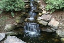 Backyard Waterfalls For Your Outdoor Zones / Relaxing Backyard Waterfalls For Your Outdoor Zones