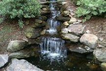 Backyard Waterfalls For Your Outdoor Zones / Relaxing Backyard Waterfalls For Your Outdoor Zones