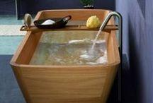 Wooden Bathtubs / Luxurious Trend: Wooden Bathtubs