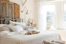 Cozy Farmhouse Bedrooms / Cozy And Inviting Farmhouse Bedrooms
