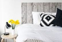 DIY Wooden Headboards / Cool And Simple DIY Wooden Headboards