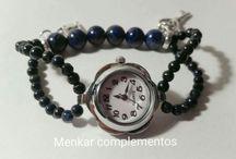 Menkar complementos / Relojes, pulseras, pendientes y collares en piedras naturales, para el día a día o para momentos especiales.