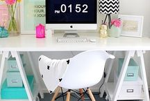 Workspaces / Beautiful creative workspace ideas and inspiration for the home office, studio or craft room