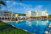 Amara Dolce Vita Luxury / Amara Dolce Vita Luxury is a luxury-concepted hotel which is located on Antalya/Turkey and is owned by Amara World Hotels.