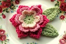 Crochet - Flowers and leaves