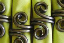 Serviettes & Napkins / Serviette Decoration Ideas, Napkin Rings, Serviette Folding, Designer Cocktail Serviettes & Napkin Holders