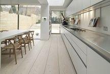 Idées Tendances Cuisine / Idées de décoration de cuisine à base de parquet - Tendances et Inspirations -