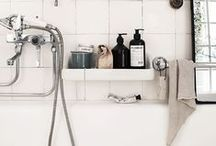 Bath / Bubbles and delight. Your cleaning sanctuary.