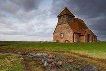 buildings,barn,  old,odd