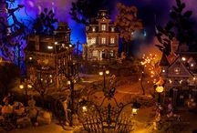 Miniature Haunts! / Miniatures of the creepy Samhain/Halloween variety My goal to build my own village
