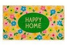 Décoration fleurie  / Optez pour une décoration fleurie avec des stickers, des tapis, des décors panoramiques ou accessoires de rangements, disponibles sur notre site.