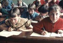 De scholen zijn weer begonnen / De scholen zijn weer begonnen in het zuiden van Nederland, daarom wat klassenfoto's van vroeger. Uit onze eigen collectie.