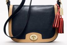 style : bags / by Carron DeGrass