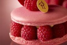 French Pastries (and where to get them!) / All the best pastries in Paris